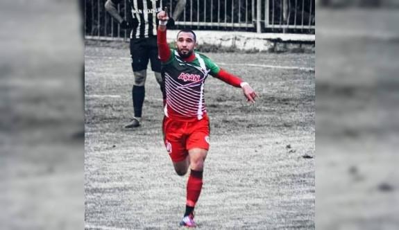 Mustafa Yaşar'a, Yeşilova kancası