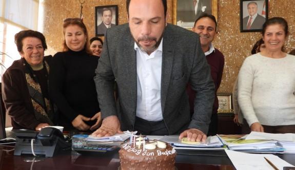 Sadıkoğlu'na doğum günü kutlaması