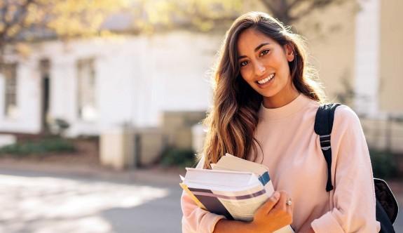 YDÜ'de yüksek lisans ve doktora kayıtları başladı