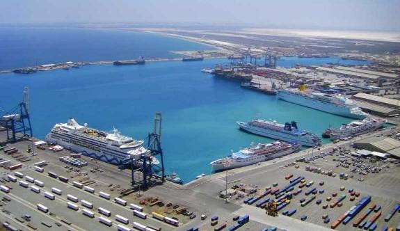 Larnaka Limanı savaş limanına benzeyecek
