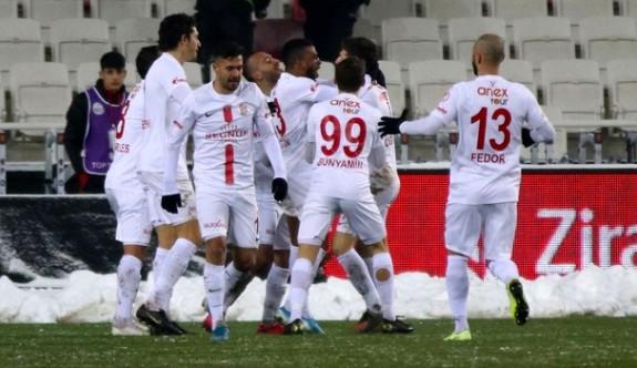 Son yarı finalist Antalyaspor