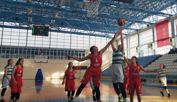 Takımlarımız yenilgisiz Anadolu Şampiyonası'na