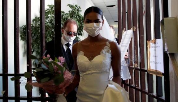 Düğünde corona dehşeti