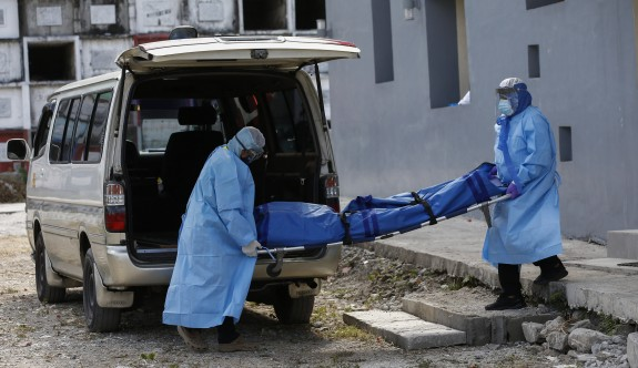 Dünya genelinde yeni tip koronavirüs salgınında can kaybı 19 bine ulaştı