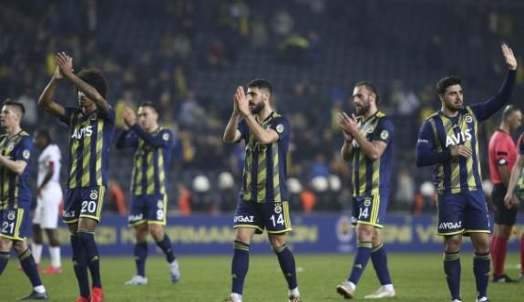 Fenerbahçe'de koronavirüs şoku