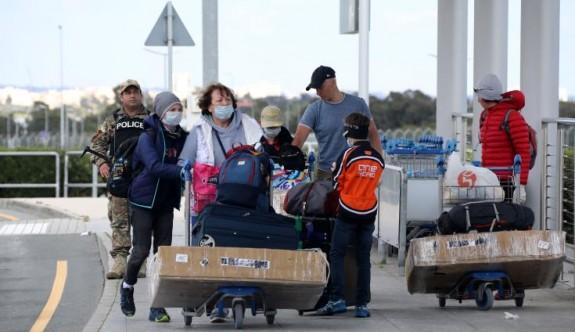 Güney'de yurt dışında kalan öğrenci ve vatandaşları getirme çabaları sürüyor