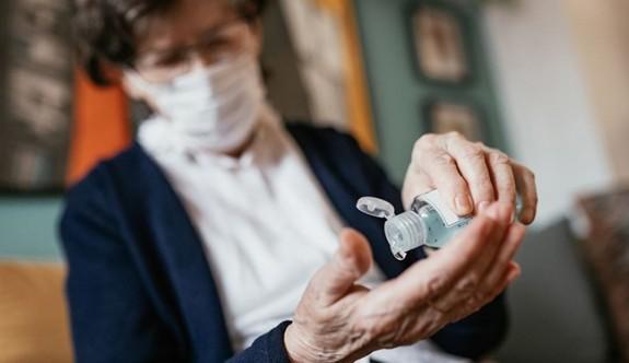 Güney Kore'de 93 yaşındaki kadın corona virüsü yendi