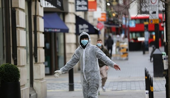 İngiltere'de 87 kişi daha hayatını kaybetti