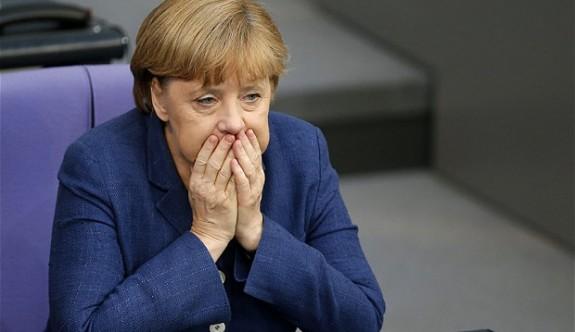 Merkel karantinada!