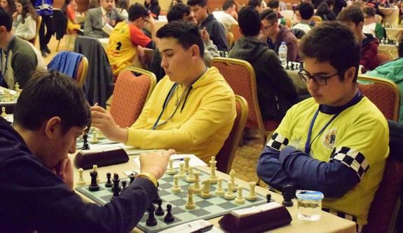 Satranç Federasyonu listeleri istiyor