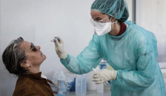 Türkiye'de bin 196 yeni coronavirüs vakası daha