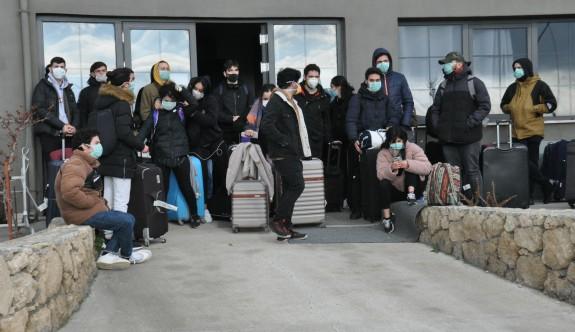 132 öğrenci daha adaya geliyor