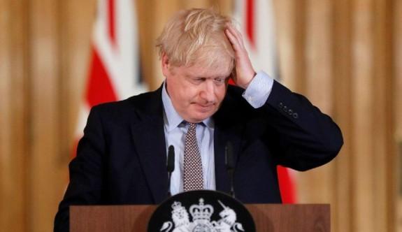 Boris Johnson'dan hastaneye kaldırıldıktan sonra ilk mesaj!