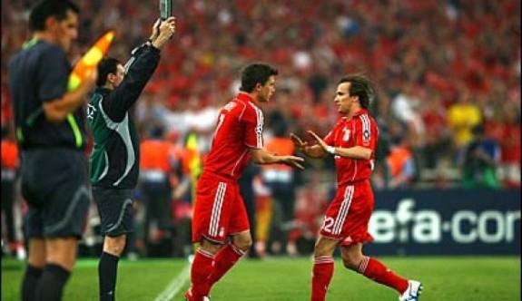 FIFA'dan kulüplere 5 oyuncu değişikliği önerisi