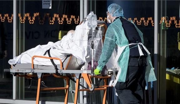 İngiltere'de, koronavirüsten ölümlerde rekor artış