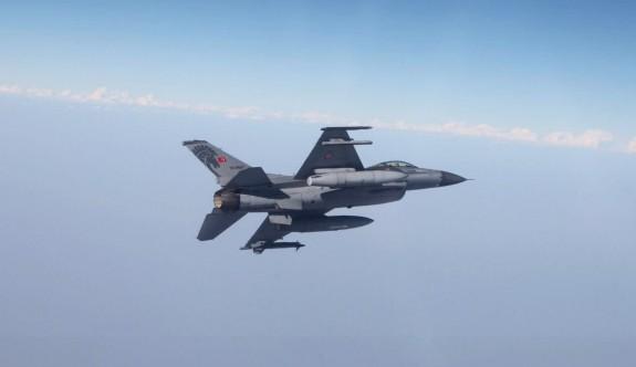 Libya'daki savaş Kıbrıs üzerinden