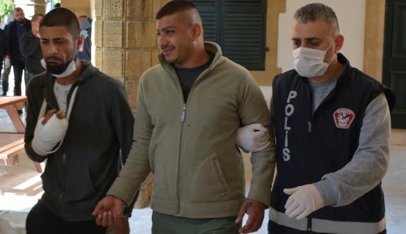 Polis uyuşturucu operasyonunda 5 kişiyi tutukladı