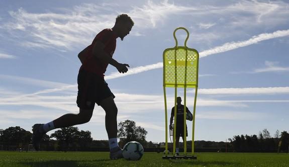 Premier Lig'de 3 kulüp daha antrenmanlara başladı