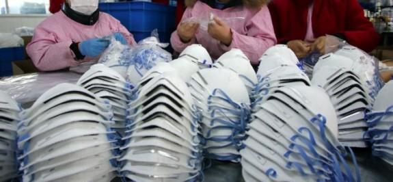 Rum halkı için 9 milyon maske alınıyor