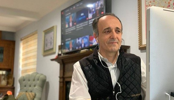 Türk doktordan 'koronavirüsün DNA'sıyla oynandı' iddiası