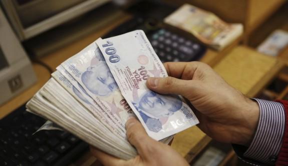 Üç kurumda maaş kesintileri iade ediliyor