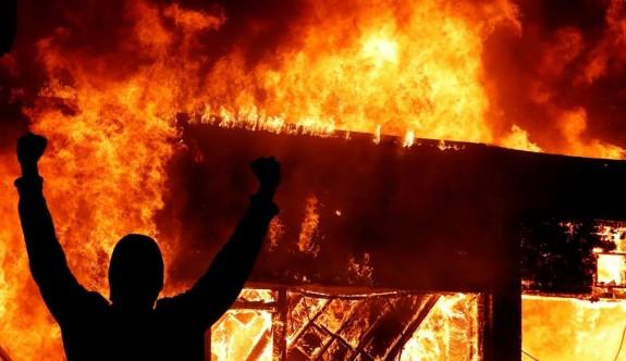 Amerika yanıyor: Siyahi öfke her yerde