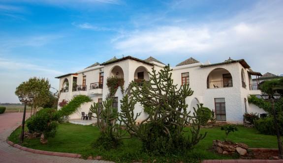 Merit Cyprus Gardens Tatil Köyü kapılarını yeniden açıyor