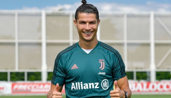 Ronaldo sahalara döndü