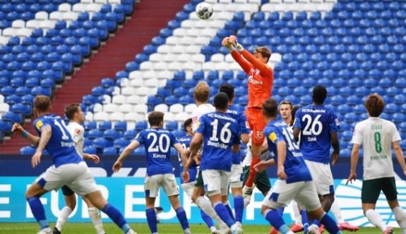 Schalke 04 kabustan uyanamıyor