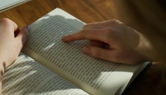 Bir Oturuşta Bitirebileceğiniz 24 Akıcı Kitap