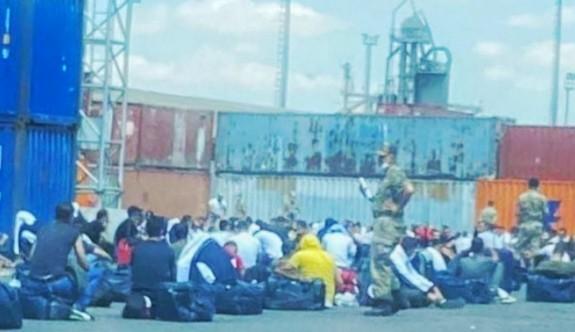 """""""Türkiye'den KKTC'ye 4 bin asker getiriliyor"""""""