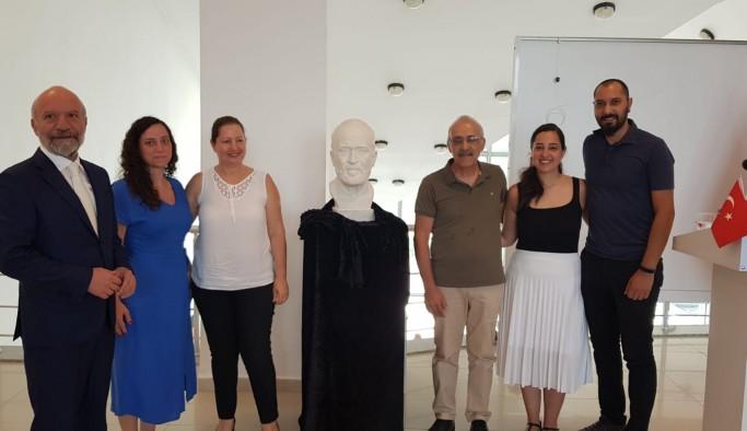 Kıbrıs Modern Sanat Müzesi için bir sergi daha