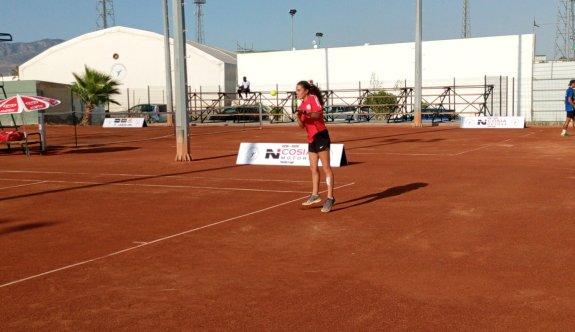 Tenis Ligi play-off karşılaşmalarında ilk gün oynandı