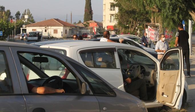 Ülkeye karantinasız girişler, araçlı eylemle protesto edildi