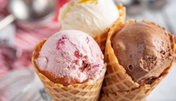Yaz aylarının vazgeçilmezi dondurma tarifi