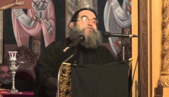 Yunan papazdan Ayasofya'nın cami olmasına övgü