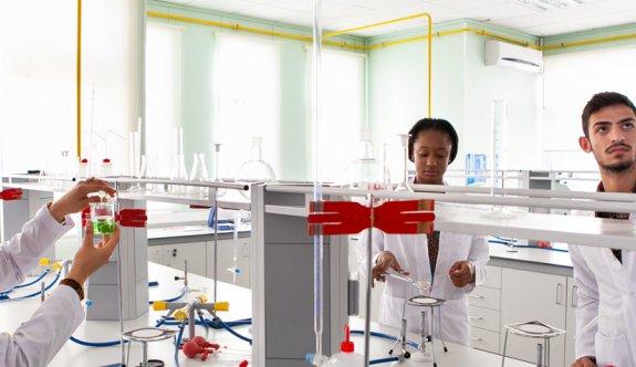 DAÜ'de yeni Fizik Lisans ve Kimya Lisans programları açılıyor