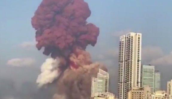 Lübnan'daki patlama patlayıcı yüklü gemide meydana geldi