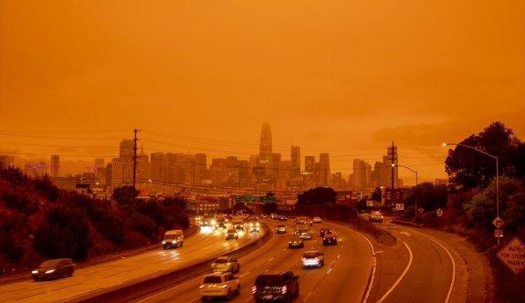 ABD'de yangınlar beş kasabayı yok etti