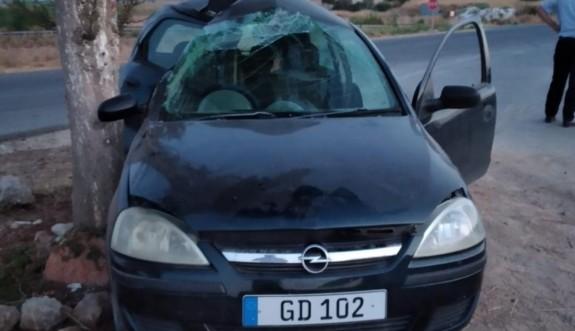 Dikkatsiz sürücü ağır yaralandı