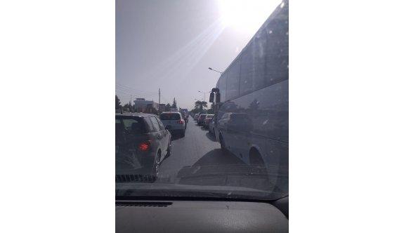 Lefkoşa'nın sabah ve akşam trafiği işkencesi bitmiyor