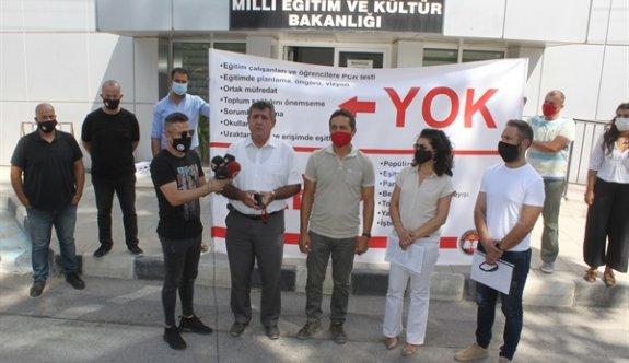Öğretmenler Eğitim Bakanlığı önünde eylem yaptı