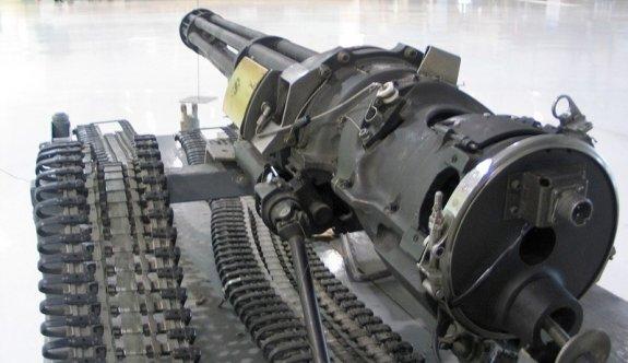 Tarihi çok namlulu makineli tüfek çalındı