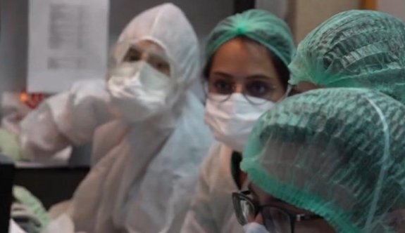 Üç hemşirede korona virüs