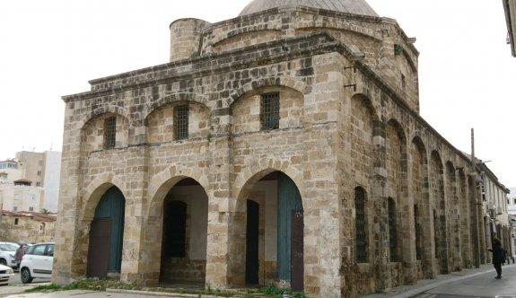 Zuhuri Camii kompleksinin restorasyon-peyzaj çalışması başladı