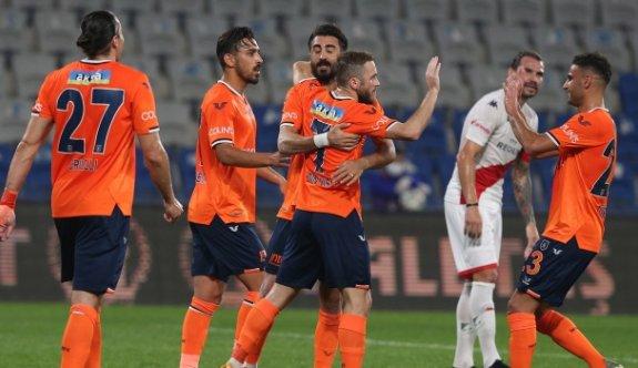 Başakşehir'den Antalyaspor'a beşi bir yerde