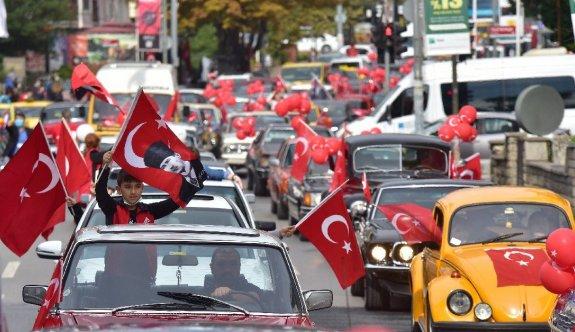 Bütün Türkiye kırmızı beyaz