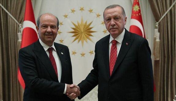 Erdoğan'dan Tatar'a telefoniyen kutlama