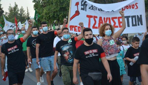 Güney'de faşizm karşıtı yürüyüş