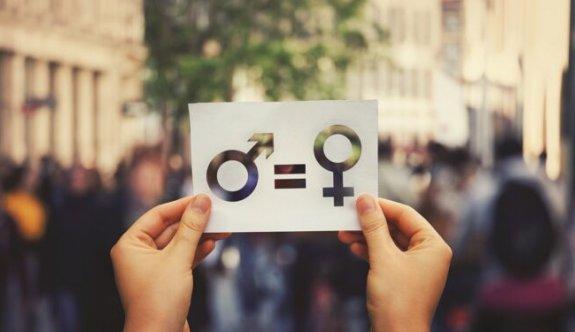 Kadınların Hak Mücadelesine Destek Olmak İsteyen Erkekler için 9 Öneri